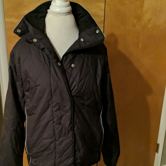 Nike Jackets & Blazers - Nike quilted jacket